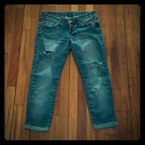Express, distressed Capri jeans, size 0.